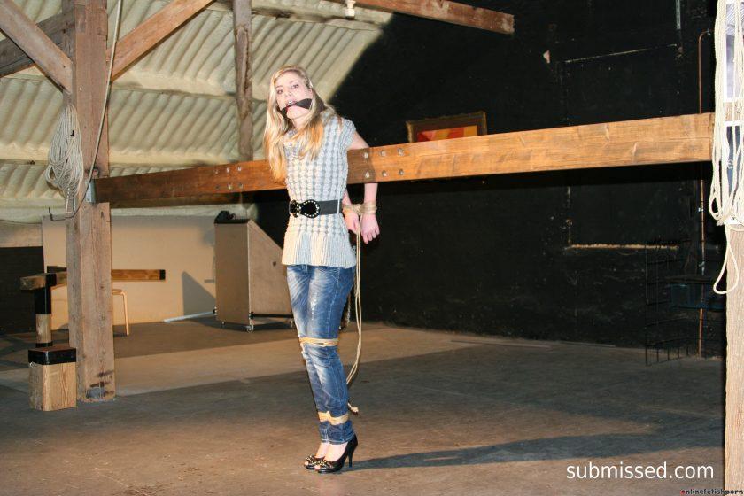 StrugglingBabes.com – Bondage in the Barn Stephanie 2016 Bdsm