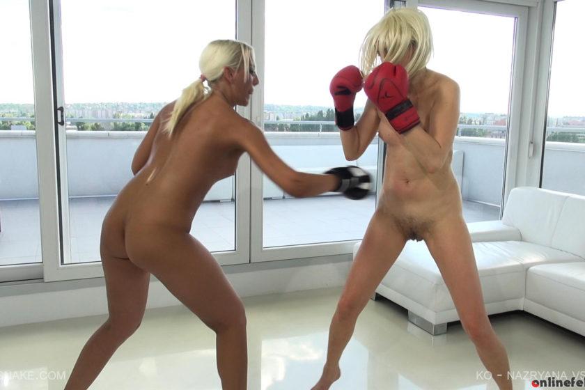 Queensnake.com – KO – NAZRYANA VS HOLLY Nazryana & Holly  Hairy