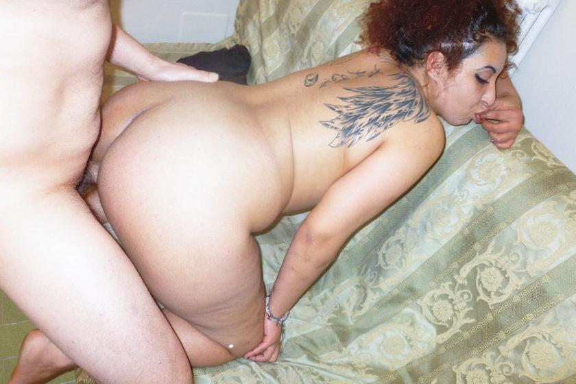 Scambistimaturi.com – Chubby Italian redhead in her 40s.. Gianni & PD Chiara 2020 Cum In Mouth