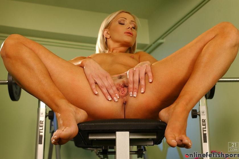 21sextury.com – Training Freya 2005 Masturbation