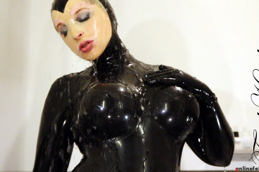 Fetishkitsch.com – Shower  2013 Rubber