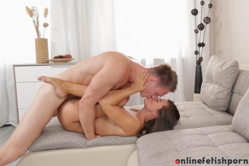 Theartporn.com – Sexy little stranger Maria Ivanova 2018 Licking