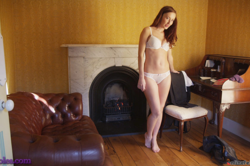Silksoles.com – A Slow Day At The Office Sophia Smith 2015 Boots