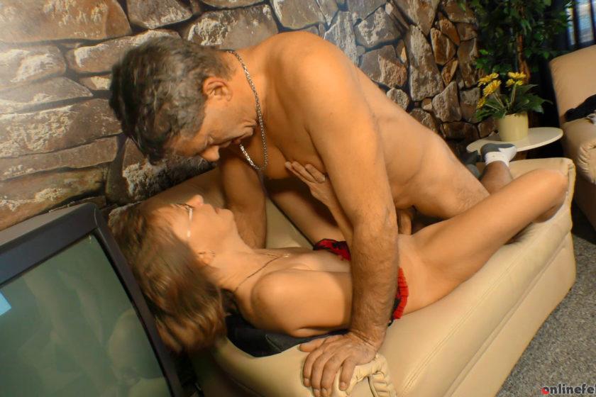 Xxxomas.com – Pierced German granny rides cock.. Manuela H. & Rolf H. 2020 XXXomas