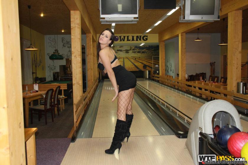 Publicsexadventures.com – Crazy public fuck in bowling club Mea Melone 2016 Public