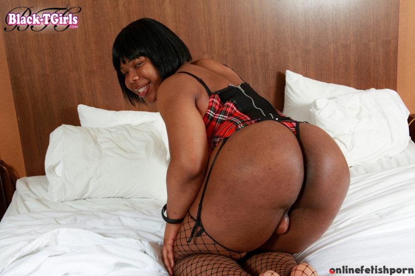 Blacktgirls.com – Curvy Detroit Cutie Mz Thickumz! Mz Thickumz 2013 Transsexual