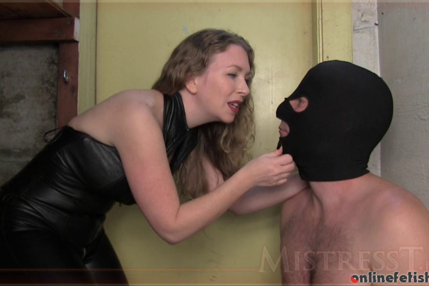 Mistresst.com – Prisoner Brainwashed To Suck Cock  2015 Humiliation