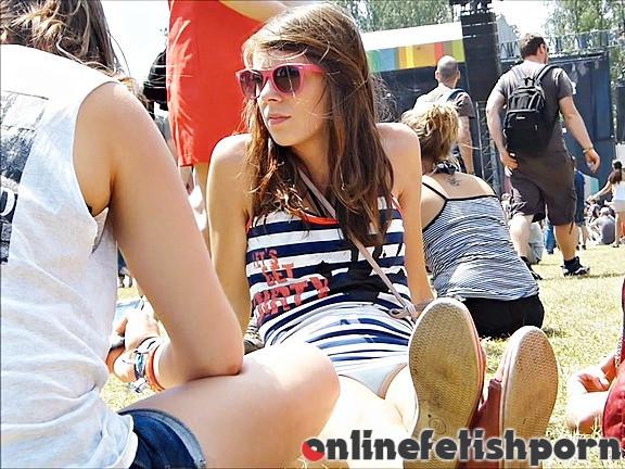 Upskirtcollection.com – Amateur panty upskirt easily..  2013 Panty Upskirt