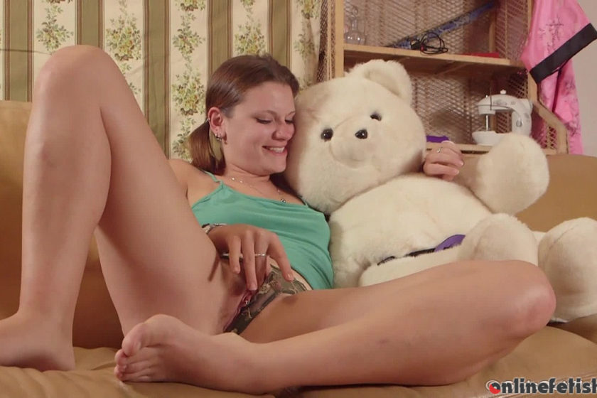Girlsoutwest.com – Veronica – Teddy Fuck Veronica 2014 Orgasm