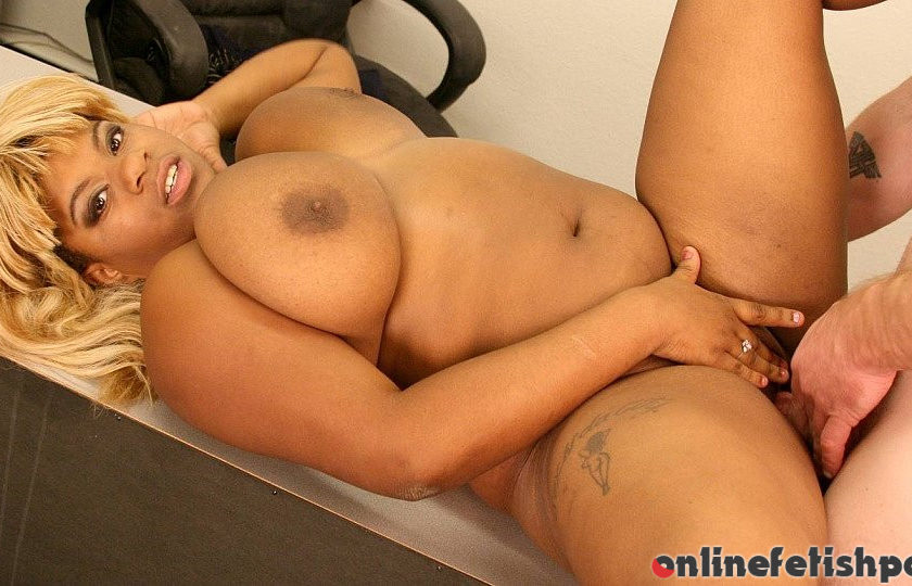 Plumperpass.com – How to Win Over the Interview Mirage 2009 Big Tits