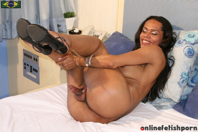 Brazilian-transsexuals.com – Alessandra Martinelly Toys Her Ass! Alessandra Martinelly 2007 Transsexual
