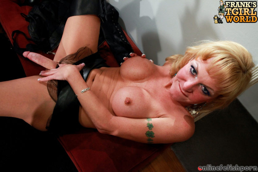Franks-tgirlworld.com – Superstar Olivia Love Masturbates! Olivia Love 2010 Transsexual